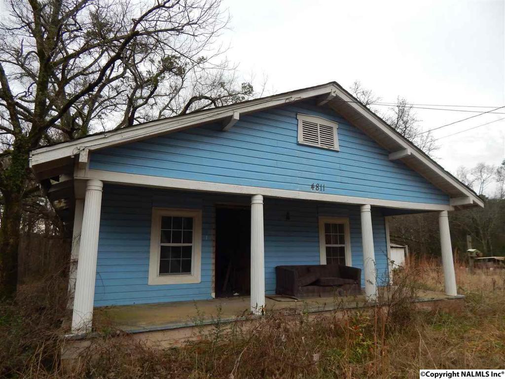 Photo of home for sale at Us Highway 411, Gadsden AL