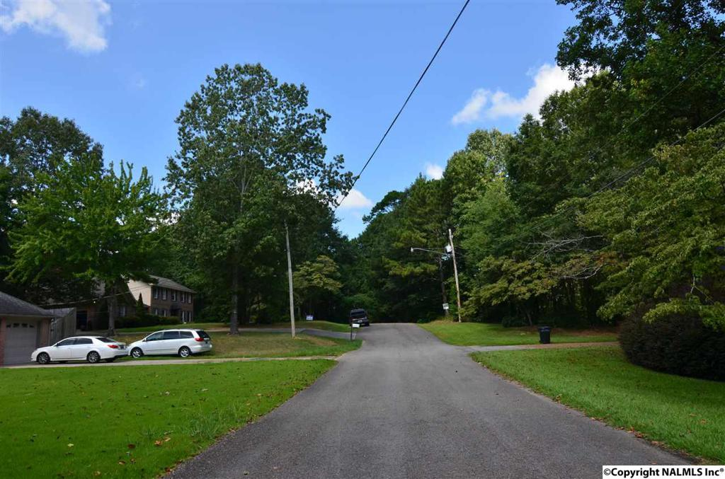 Photo of home for sale at Corky Drive, Gadsden AL