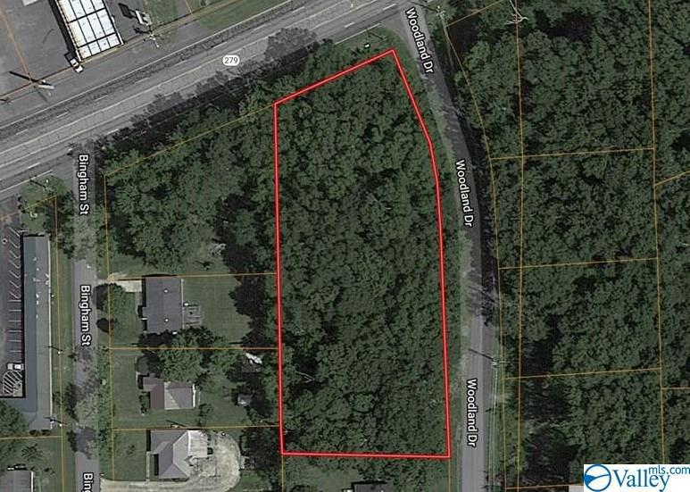Photo of home for sale at Woodland Drive, Scottsboro AL