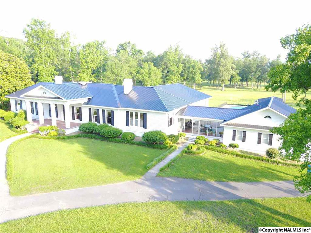 Photo of home for sale at Us Hwy 278, Hokes Bluff AL