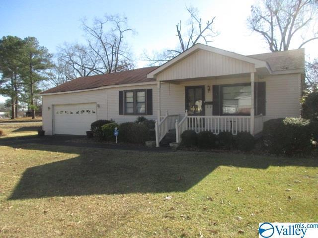 Photo of home for sale at 3404 Western Ave, Gadsden AL