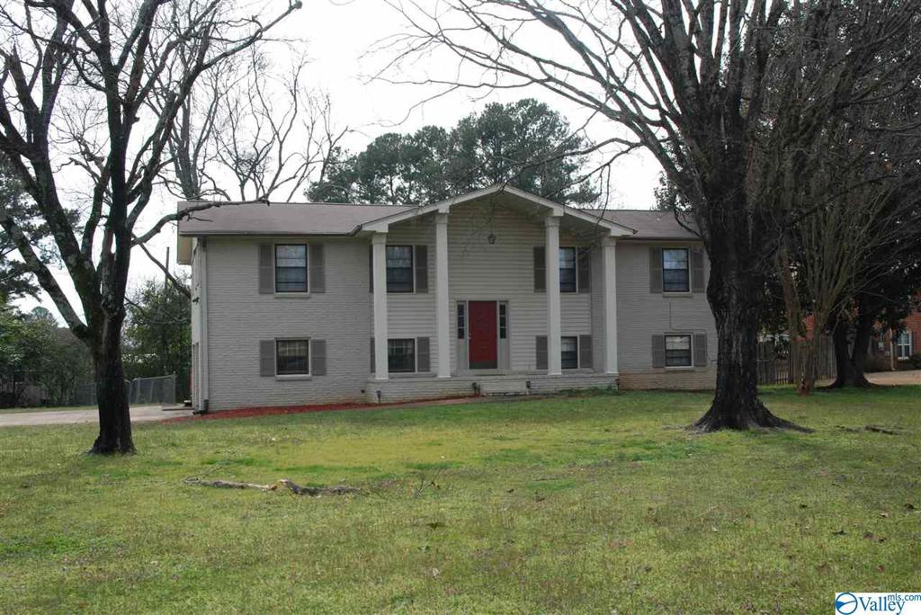 Photo of home for sale at 6000 Chadwell Road SW, Huntsville AL
