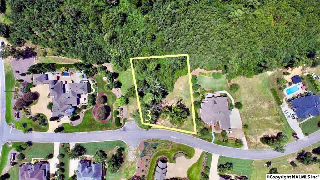 Photo of home for sale at 3 Bridle Ridge Road, Gadsden AL