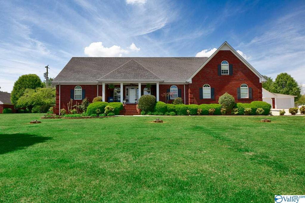 Photo of home for sale at 30621 Smith Avenue, Ardmore TN