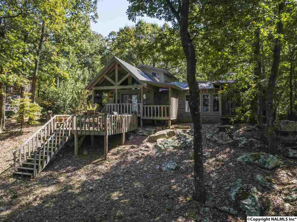 Photo of home for sale at Scenic Highway, Mentone AL
