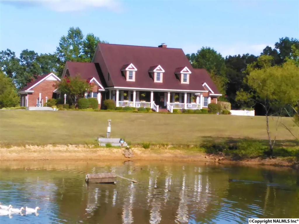 Photo of home for sale at 8546 County Road 222, Logan AL