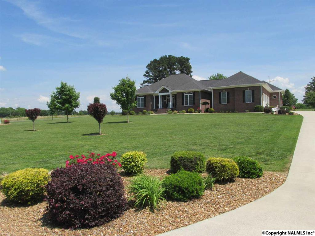 Photo of home for sale at Kirk Road, Rainsville AL