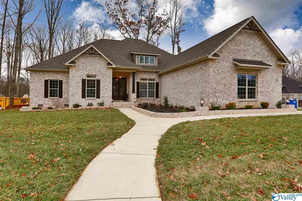 Photo of home for sale at 24 Preserve Loop Road SE, Huntsville AL