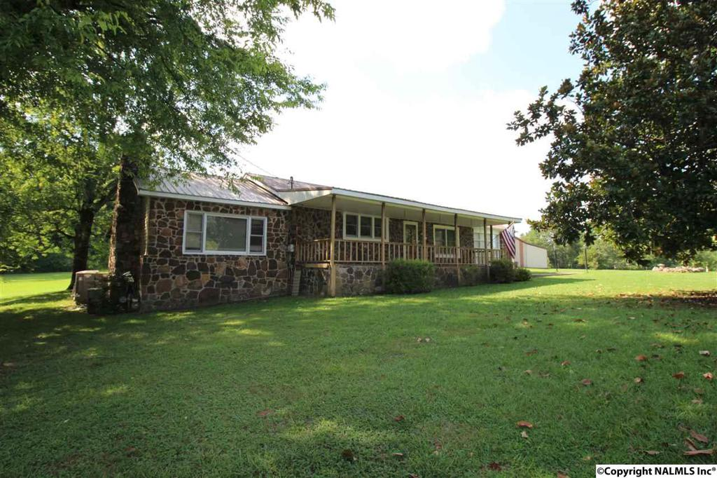 Photo of home for sale at Green Valley Road, Southside AL