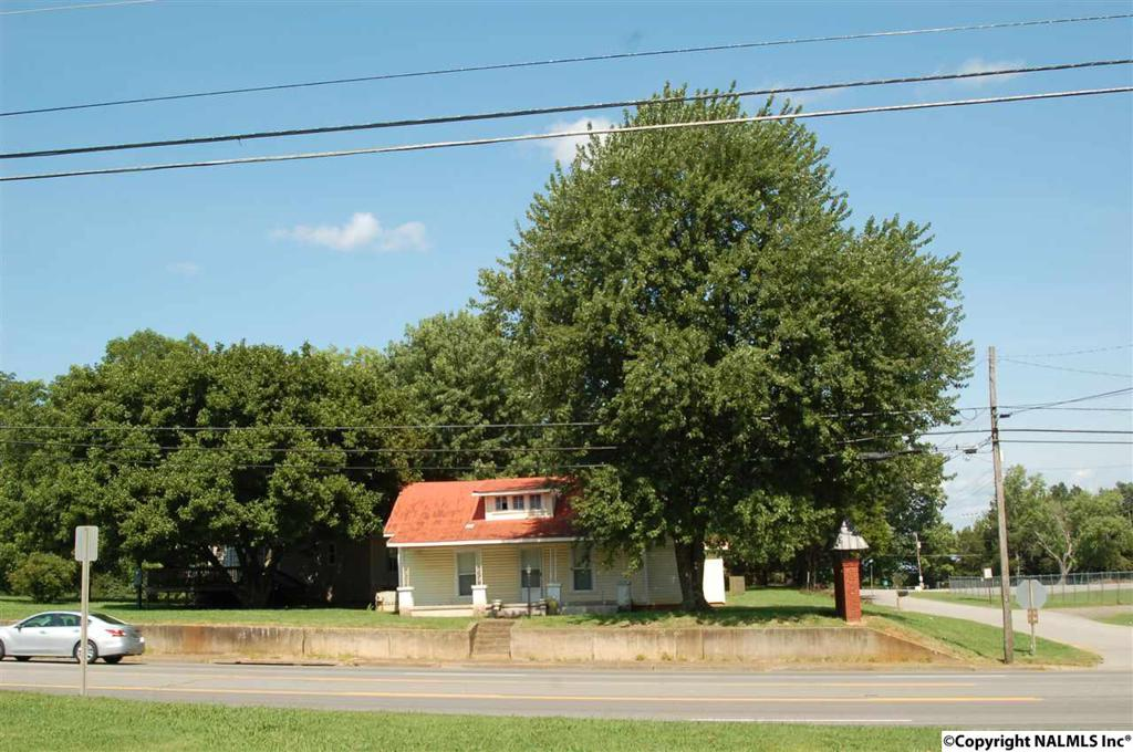 Photo of home for sale at Hwy 231/431, Meridianville AL