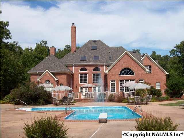 Photo of home for sale at 1809A Wallace Avenue, Fort Payne AL