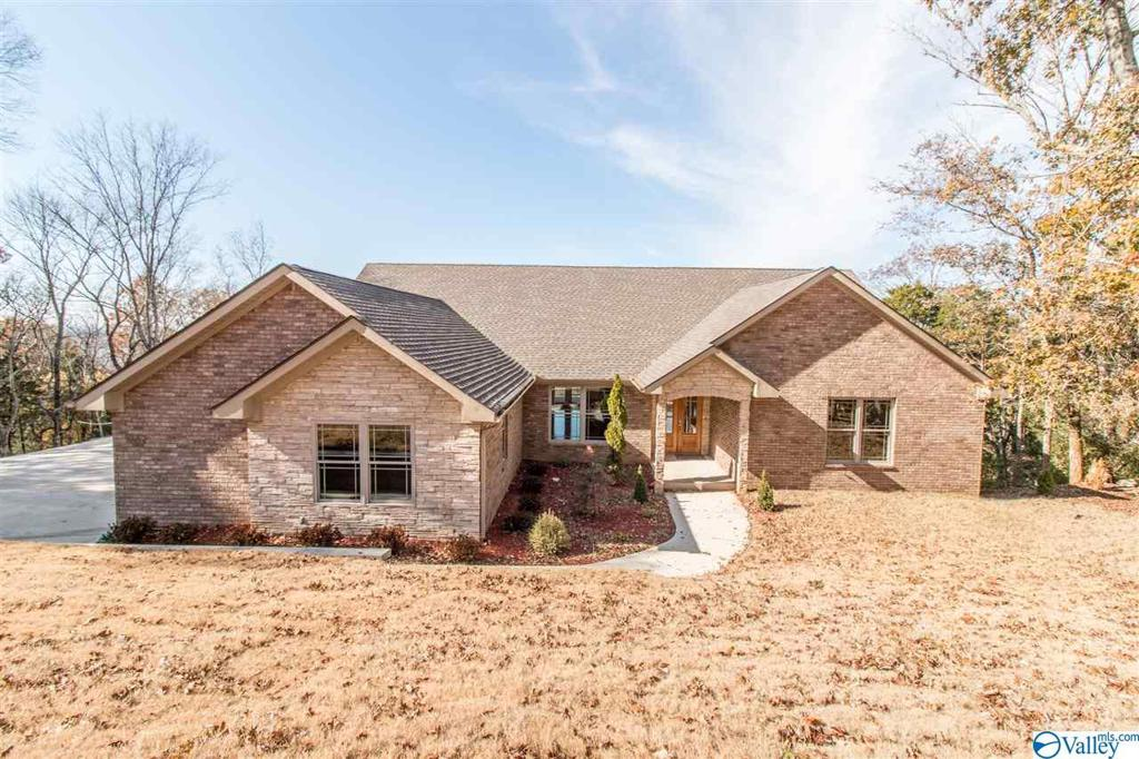 Photo of home for sale at 10212 Gibraltar Drive, Huntsville AL