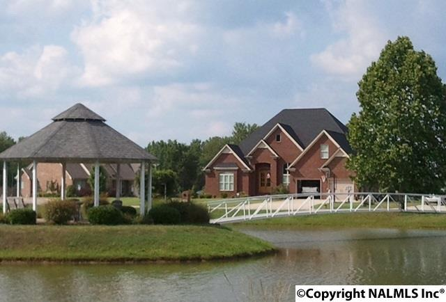 Photo of home for sale at Grande Lake Drive, Moulton AL