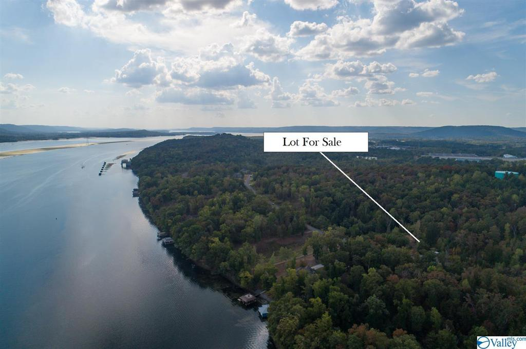 Photo of home for sale at Lot 161 & 162 Lookout Mountain Drive, Scottsboro AL