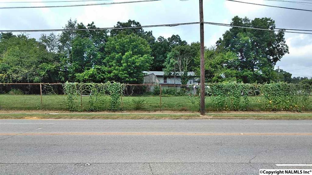 Photo of home for sale at 0 Triana Blvd, Huntsville AL