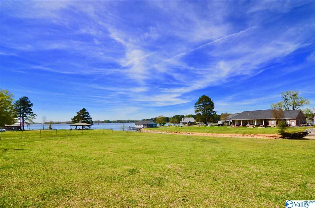 Photo of home for sale at 0 Spring Drive, Southside AL