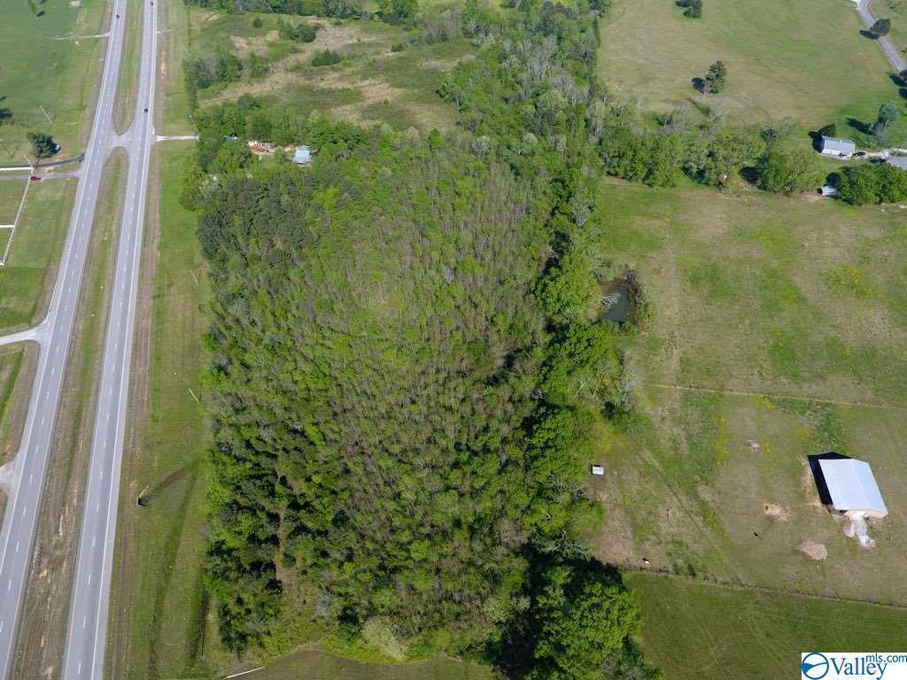 Photo of home for sale at 00 Alabama Highway 24, Moulton AL