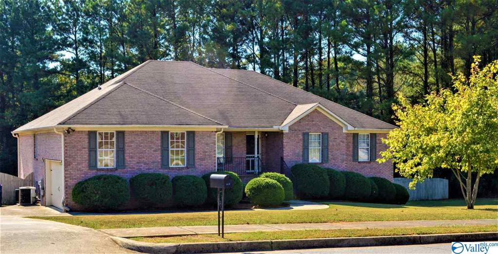 Photo of home for sale at 111 Thunderbird Drive, Harvest AL