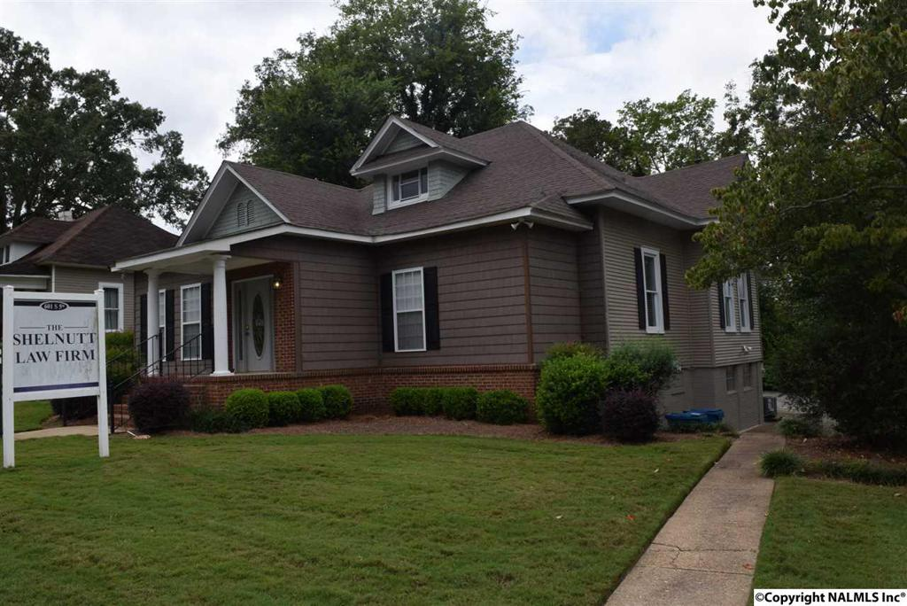 Photo of home for sale at 5th Street S, Gadsden AL