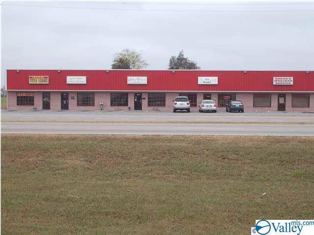 Photo of home for sale at 616 Hwy 31, Athens AL