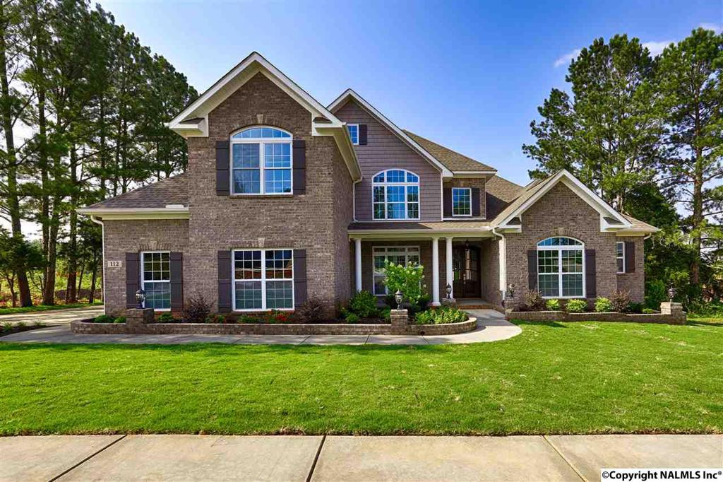 Photo of home for sale at 18 Sanders Hill Way SE, Gurley AL