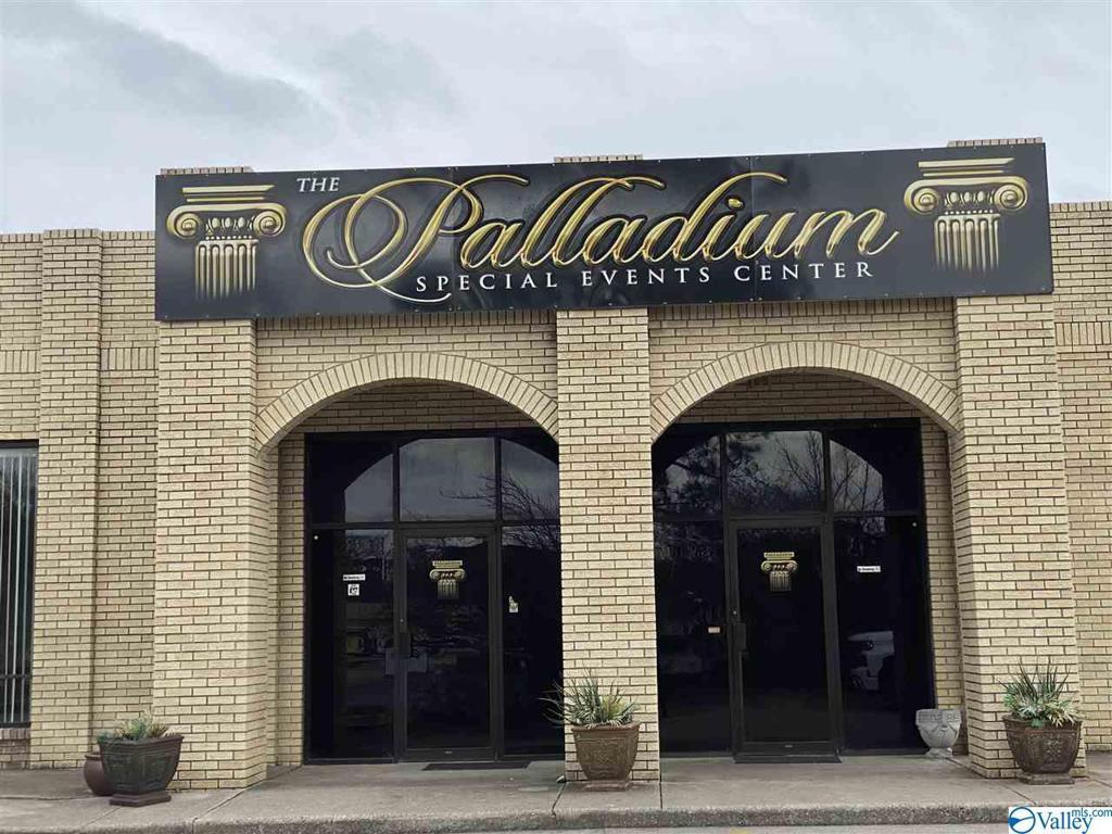 Photo of home for sale at 2025 Sparkman Drive, Huntsville AL