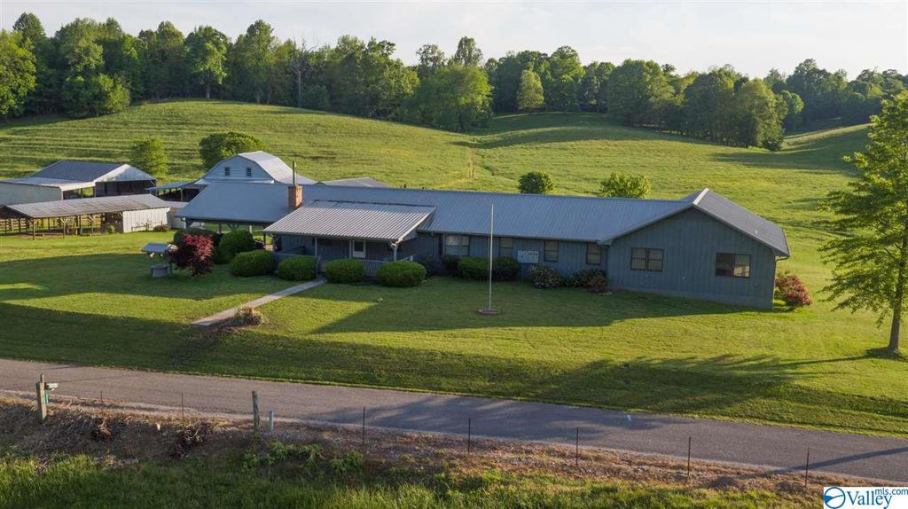 Photo of home for sale at 10262 Kimbrell Road, Athens AL