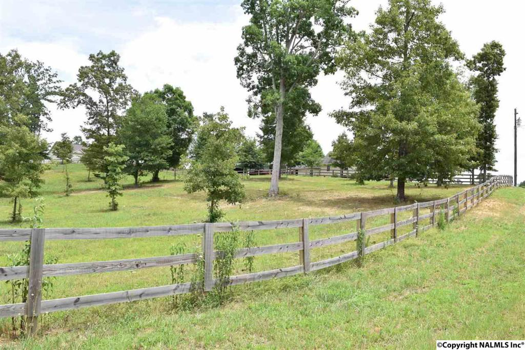 Photo of home for sale at Deerfoot Drive, Stevenson AL