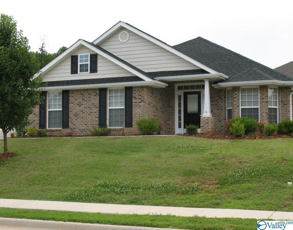 Photo of home for sale at 131 Forest Glade Drive, Madison AL