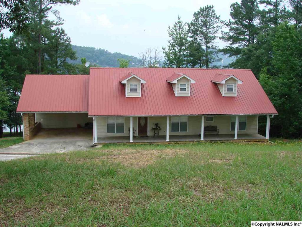 Photo of home for sale at 395 County Road 574, Centre AL