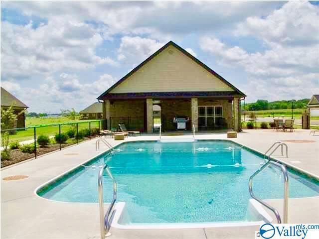 Photo of home for sale at 39 Bolerbrook Drive, Trinity AL