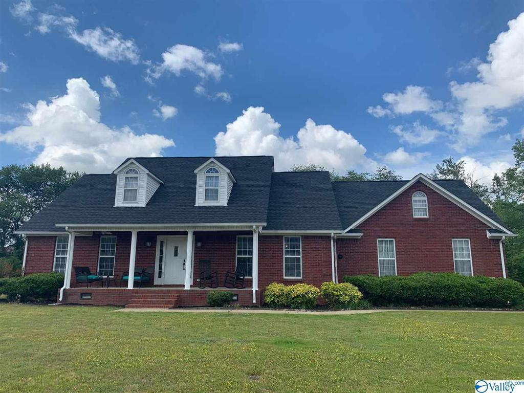 Photo of home for sale at 27855 J B Magnusson Drive, Toney AL
