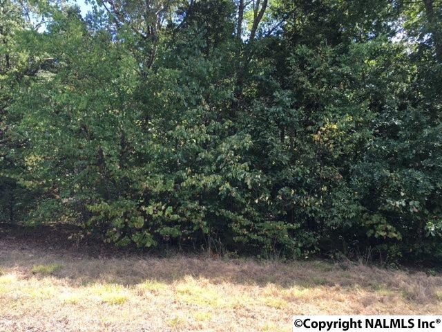 Photo of home for sale at Lot 14 Cedar Trace Drive, Hartselle AL