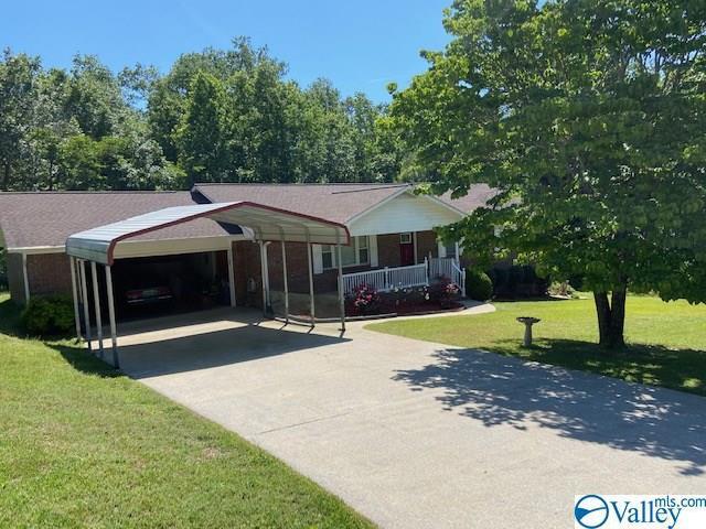 Photo of home for sale at 5325 Royal Oak Street, Southside AL