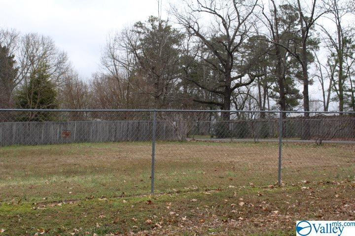 Photo of home for sale at 00 3rd Avenue, Arab AL
