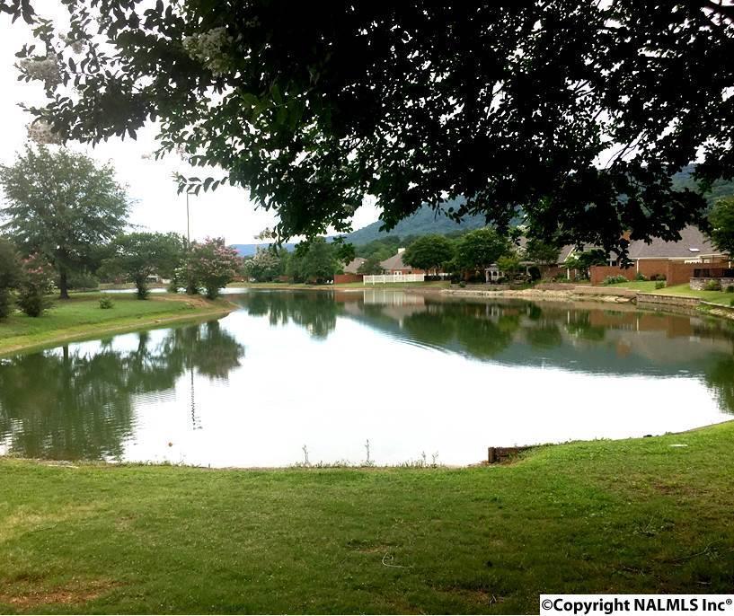 Photo of home for sale at 15062 Ashmont Blvd, Huntsville AL