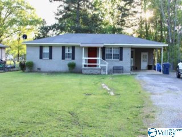 Photo of home for sale at 726 Owens Avenue, Attalla AL