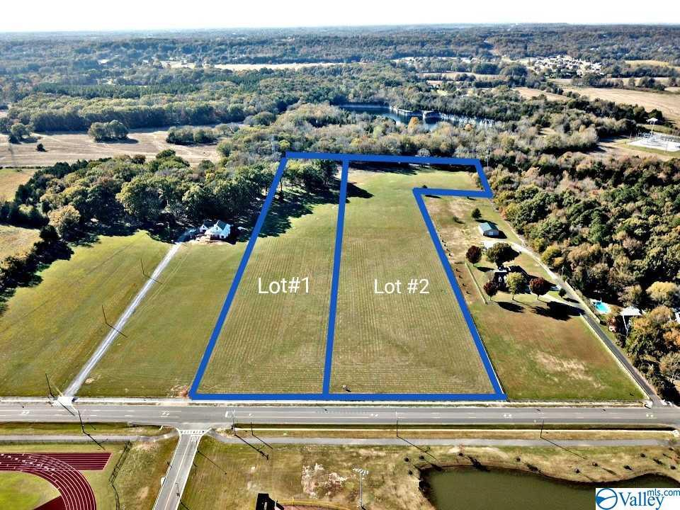 Photo of home for sale at Shady Grove Lane, Decatur AL