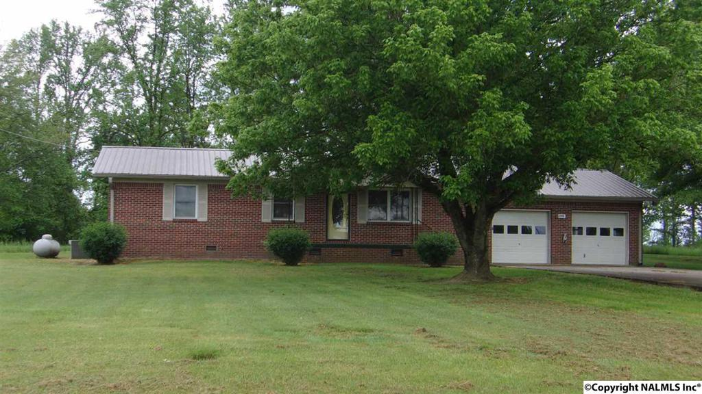 Photo of home for sale at County Road 515, Rainsville AL
