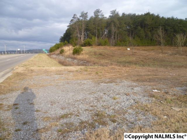 Photo of home for sale at Greenhill Blvd NW, Fort Payne AL