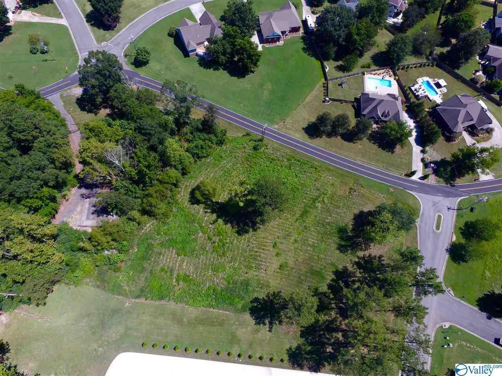 Photo of home for sale at Lot 4 Lake Creek Drive, Guntersville AL