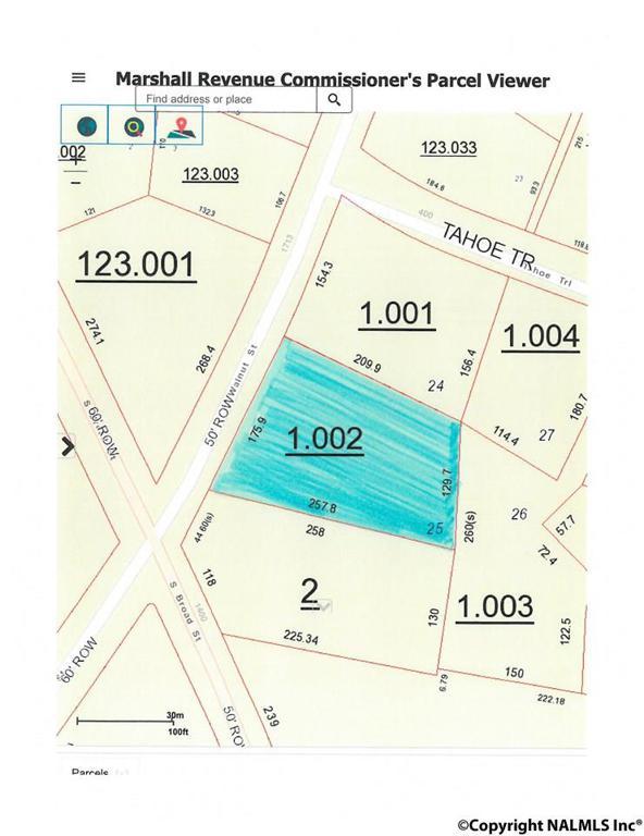Photo of home for sale at 1718 Walnut Street, Albertville AL