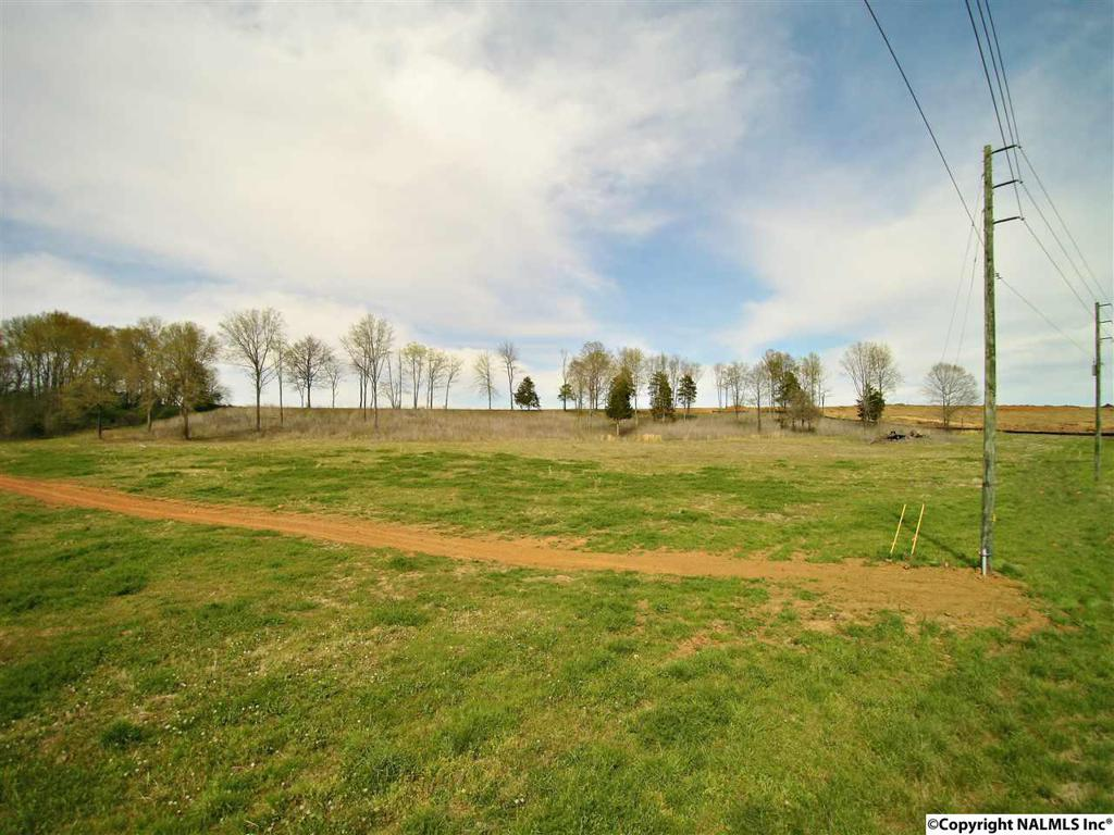 Photo of home for sale at Meridianville Bottom Road, Meridianville AL