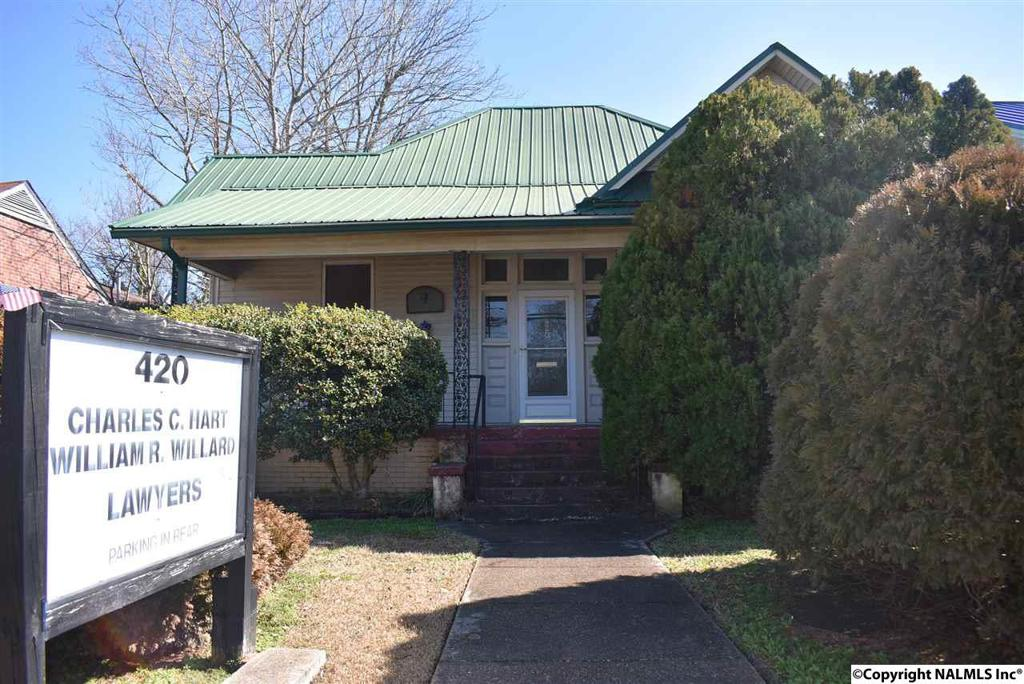 Photo of home for sale at 4th Street, Gadsden AL