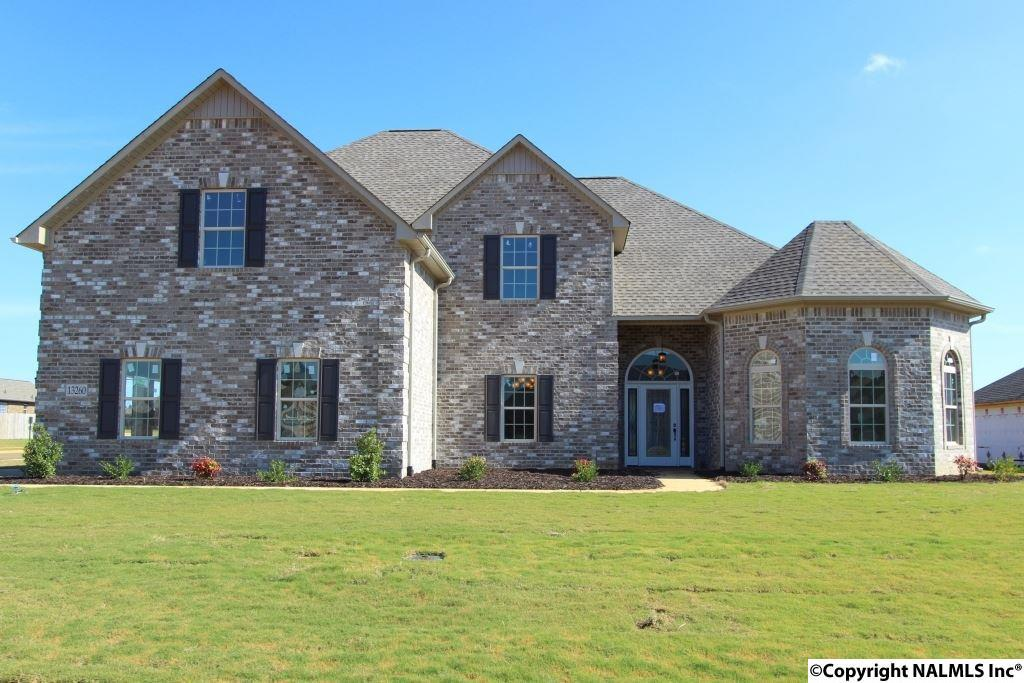 Photo of home for sale at Chapel Hill Lane, Athens AL
