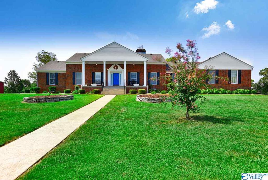 Photo of home for sale at 6708 Bethel Road, Prospect TN