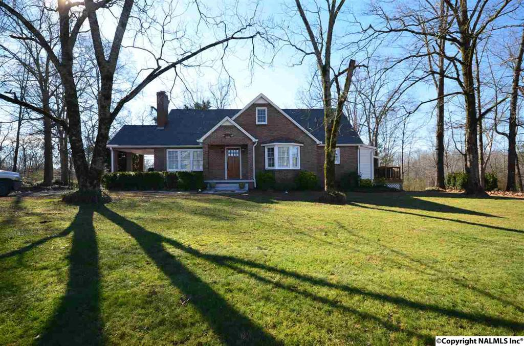 Photo of home for sale at Us Highway 278, Cullman AL