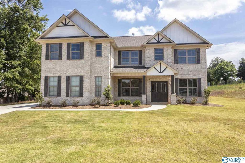 Photo of home for sale at 606 Melbridge Drive, Madison AL