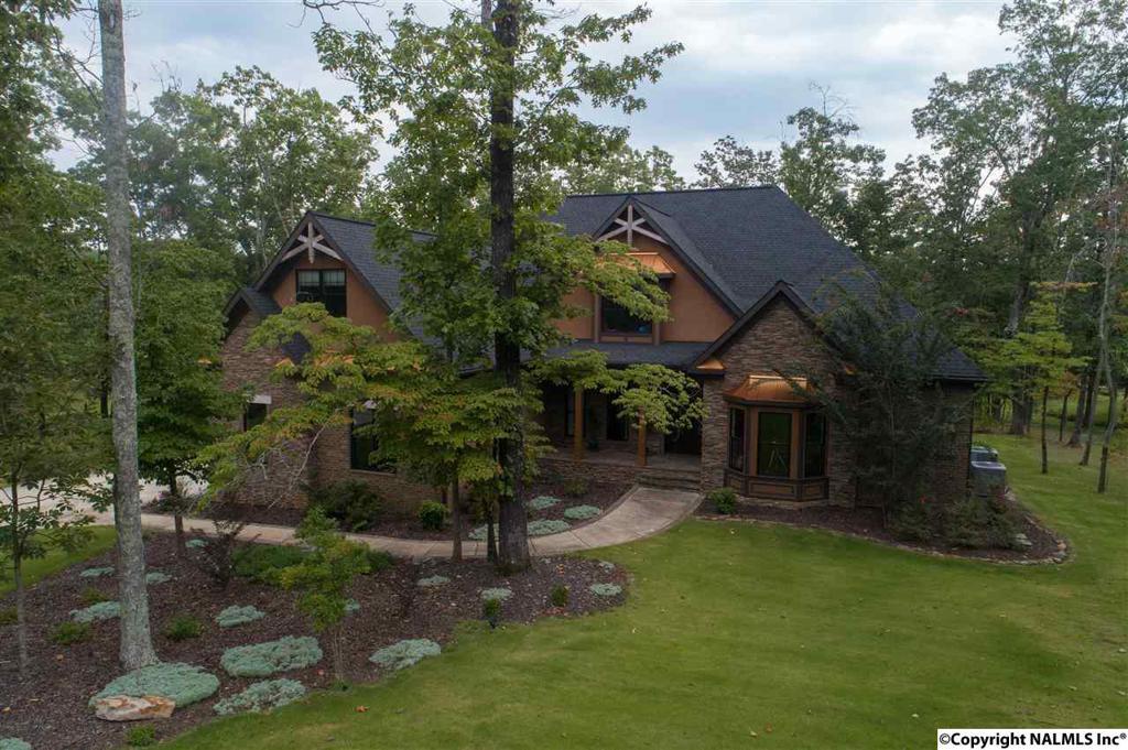 Photo of home for sale at South Village Square Road, Huntsville AL