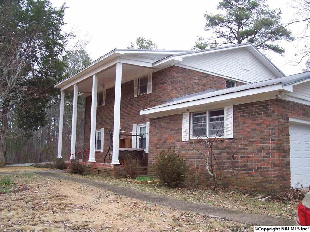 Photo of home for sale at Boyd Street, Scottsboro AL